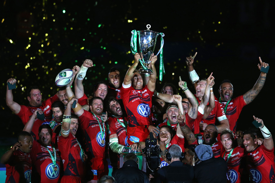 Jonny Wilkinson lifts the Heineken Cup, Toulon v Saracens, Cardiff, May 2014