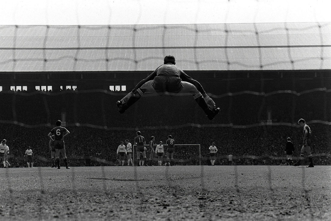 Bruce Grobbelaar leaps as Liverpool host Tottenham Hotspur, Anfield, April 1988