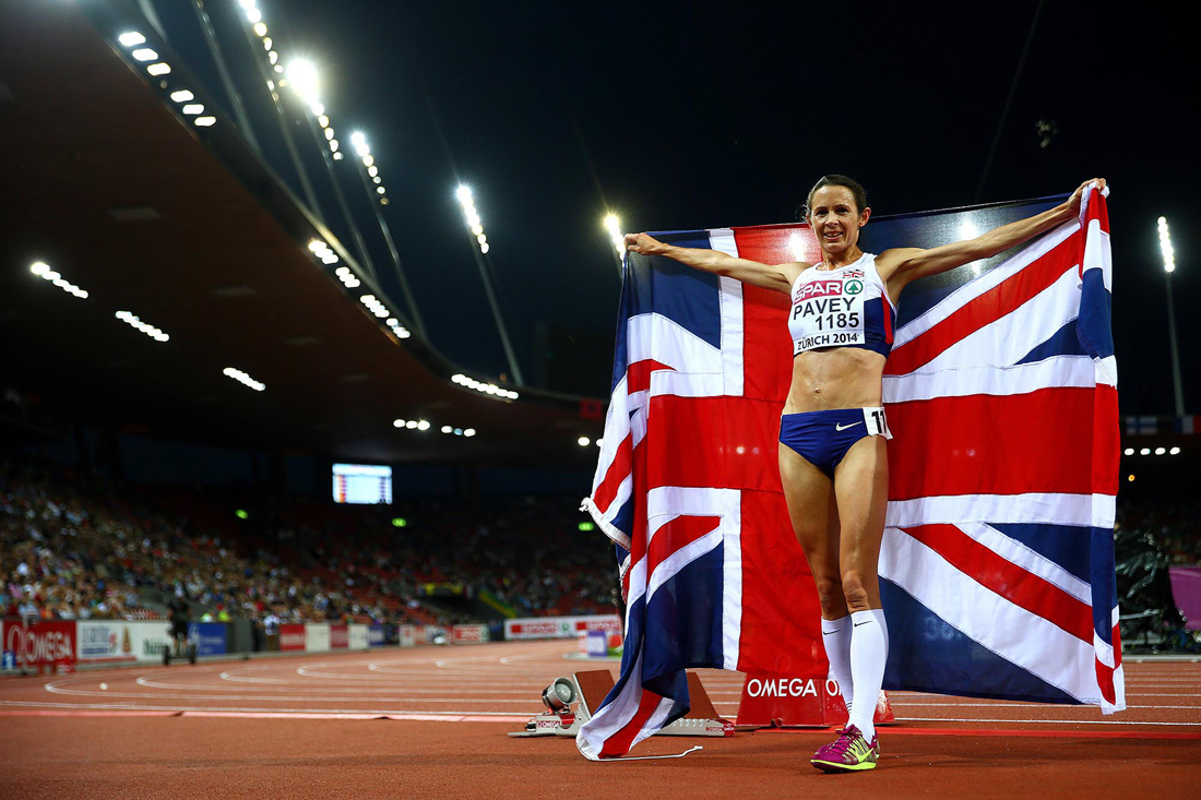 Jo Pavey celebrates winning gold in the women's 10000m final, Europen Athletics Championships, August 2014