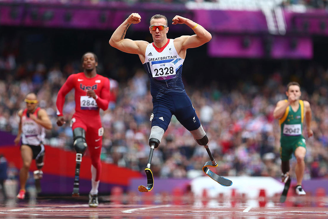 Richard Whitehead wins gold, men's 200m T42 final, Paralympics, London, September 2012