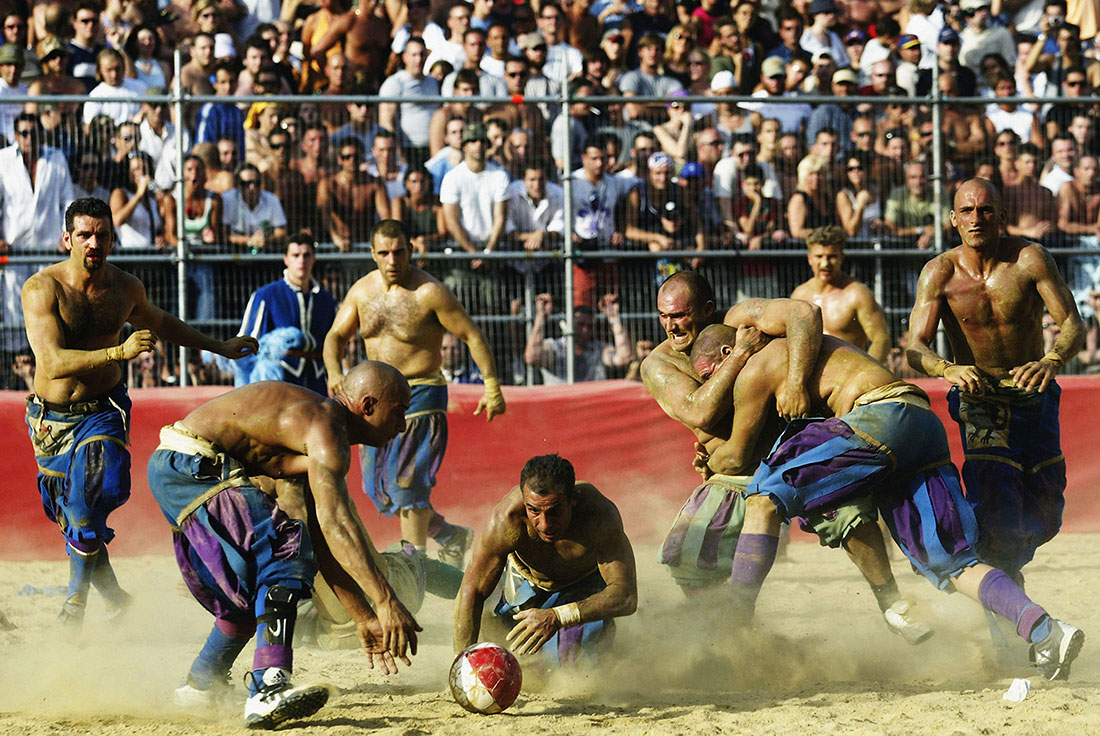 Verdi team and Azzurri team battle for possession , Calcio Storico, Florence, June 2003