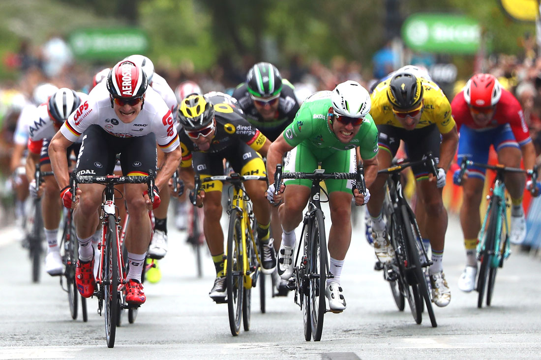 Mark Cavendish pips Andrei Greipel in a sprint finish, Stage 3 Tour de France, 4th July 2016