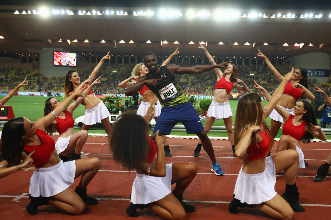 Usain Bolt alongside cheerleaders, Herculis meeting, Monaco, July 2017