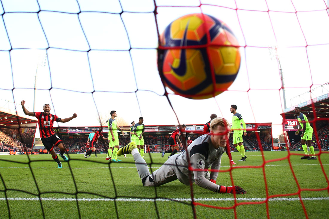 Loris Karius of Liverpool concedes a goal, Bournemouth v Liverpool, 4th December 2016