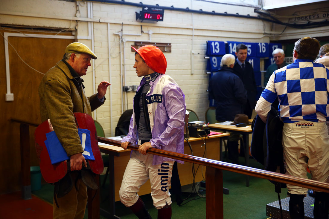 Philip Hobbs issues last instructions to Richard Johnson in the weighing room, Taunton Races, 14th January 2016